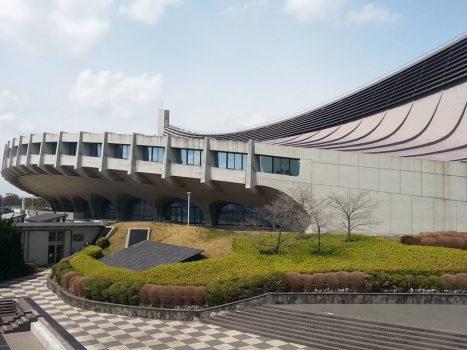 Yoyogi National Gymnasium di Kenzo Tange - Tokyo