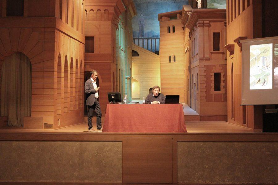lezione al Teatro all'Antica con Francesco Dal Co