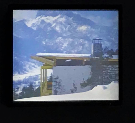 15 novembre Casalgrande (Re) - «Villaggio ENI.Un piacevole soggiorno nel futuro» regia di Davide Maffei 2/3