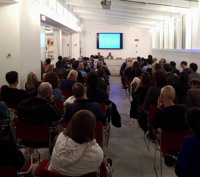 18 ottobre Casalgrande (Re) - «L'architettura di Carlo Scarpa» regia di Murray Grigor 1/3