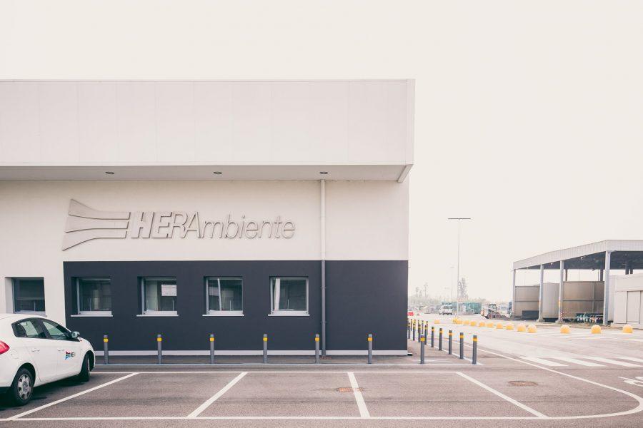 Visite guidate dai progettisti | Itinerario 3: Tozzi Industries, Nuovostudio – La Mela, Studio 52 – Sede HERAmbiente, A2 Studio | 12 Ottobre 2019 | © Adrian Lungu